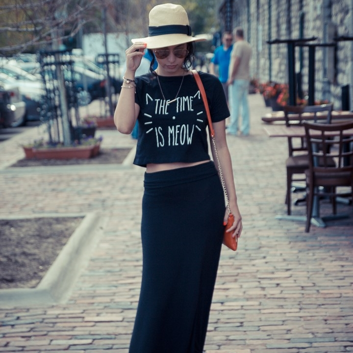 How to wear black on black in spring_feature