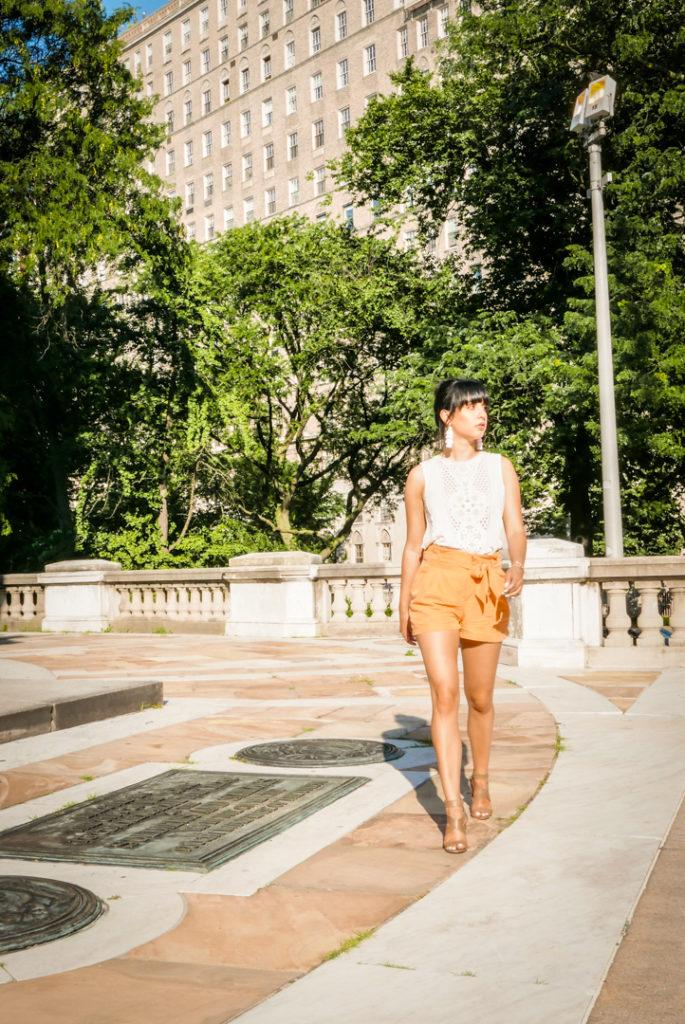 blogger's guide on posing